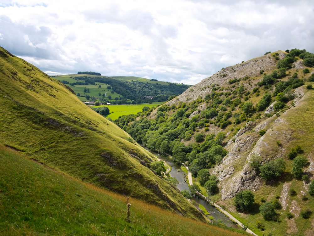 dovedale-from-thorpe-cloud